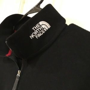 EUC North Face Pull Over Sweater